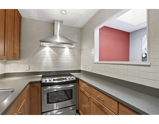 Picture 10 of 583 Massachusetts Ave Unit 5 Boston Ma 2 Bedroom Condo