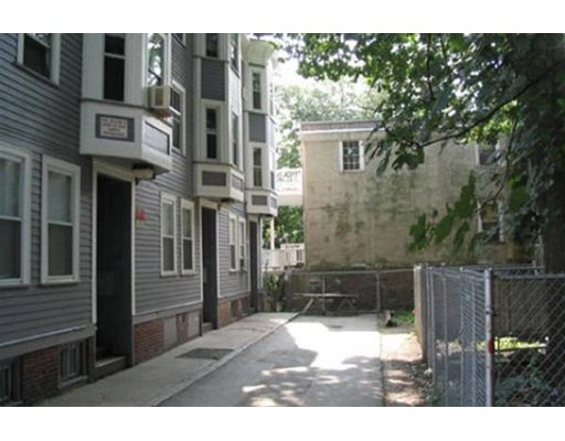 5 Vine St, Boston, MA 02119