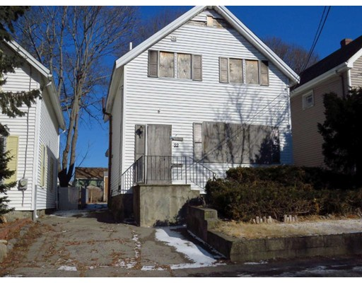 Picture 2 of 22 Harding Ter  Dedham Ma 3 Bedroom Single Family