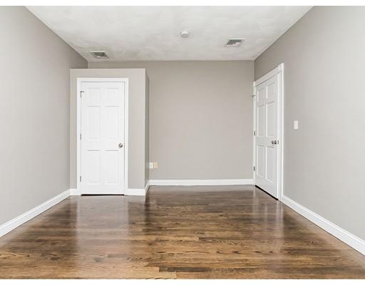Picture 4 of 26 Elder St Unit 3 Boston Ma 3 Bedroom Condo