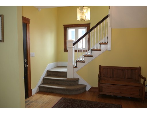Picture 2 of 21 Shumway Cir  Wakefield Ma 5 Bedroom Single Family