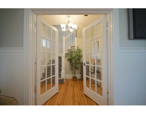 Picture 2 of 14 Cleveland Rd  Salem Ma 3 Bedroom Single Family
