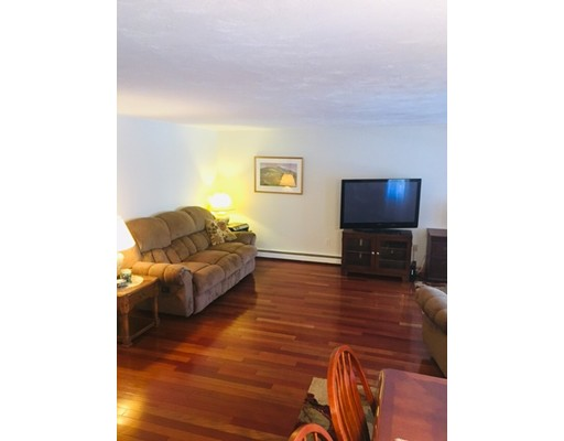 Picture 6 of 103 Pouliot Pl  Wilmington Ma 2 Bedroom Single Family