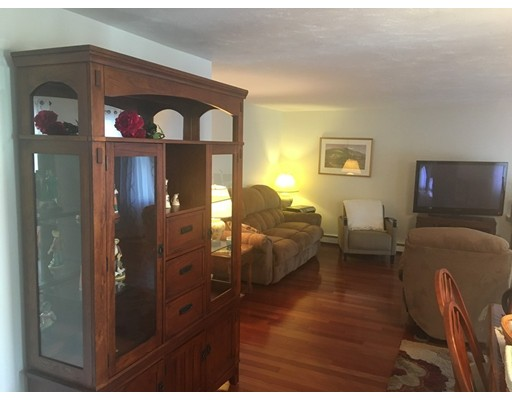 Picture 3 of 103 Pouliot Pl  Wilmington Ma 2 Bedroom Single Family