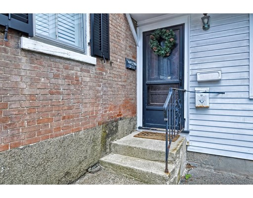 Picture 2 of 218 Washington St Unit 7 Marblehead Ma 0 Bedroom Condo