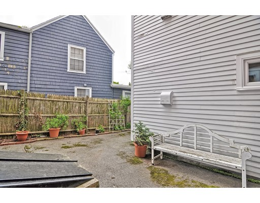 Picture 11 of 218 Washington St Unit 7 Marblehead Ma 0 Bedroom Condo