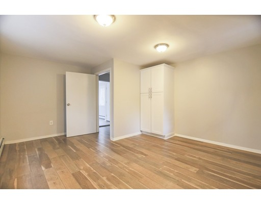 Picture 5 of 65 Chestnut St  Wilmington Ma 4 Bedroom Single Family