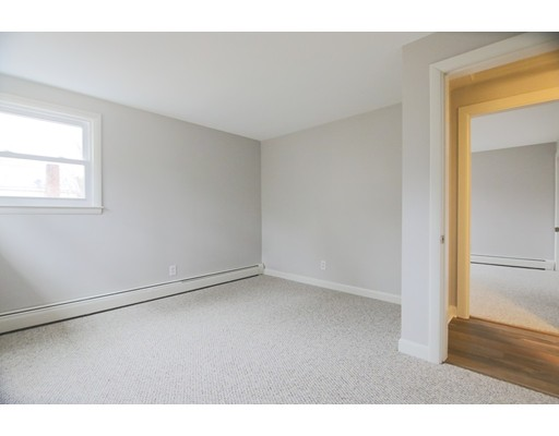 Picture 7 of 65 Chestnut St  Wilmington Ma 4 Bedroom Single Family