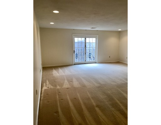Picture 1 of 50 Freedom Hollow Unit 311 Salem Ma  1 Bedroom Condo#