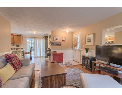 Picture 7 of 68 Aldrich Rd  Wilmington Ma 3 Bedroom Single Family