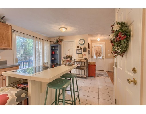 Picture 9 of 68 Aldrich Rd  Wilmington Ma 3 Bedroom Single Family