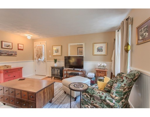 Picture 12 of 68 Aldrich Rd  Wilmington Ma 3 Bedroom Single Family
