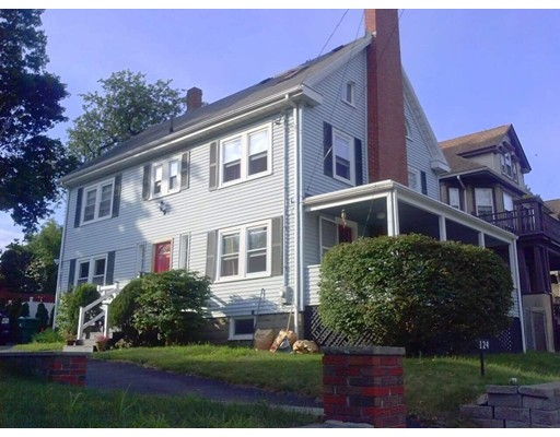 Picture 4 of 124 North St  Medford Ma 6 Bedroom Single Family