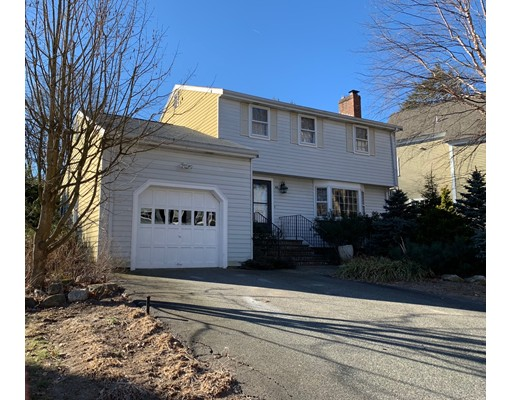 Picture 2 of 80 Oak Hill Rd  Needham Ma 3 Bedroom Single Family