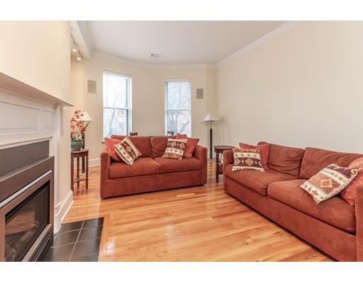129 Warren Ave, Boston, MA 02116