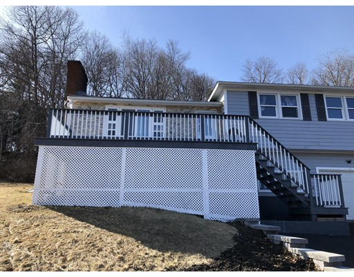 Picture 3 of 18 Juniper St  Ipswich Ma 3 Bedroom Single Family