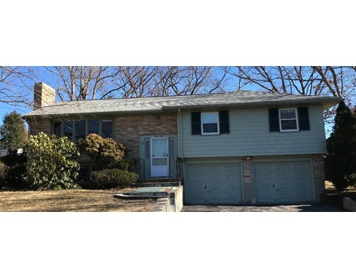 Norton Dr, Norwood, MA 02062
