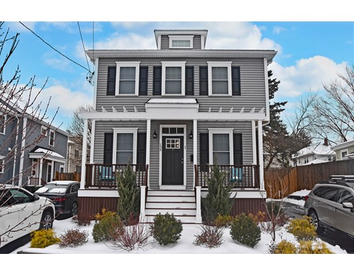 Edenfield Ave, Watertown, MA 02472