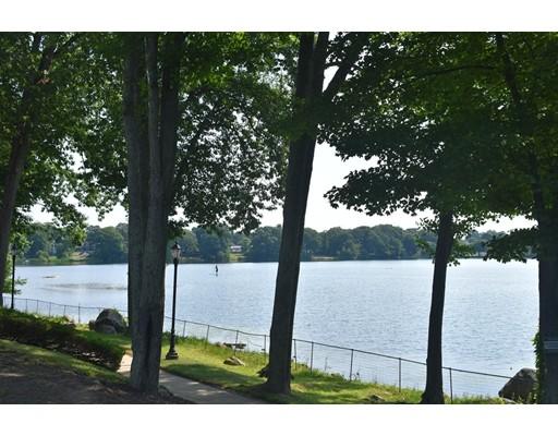 Royal Lake Drive, Braintree, MA 02184
