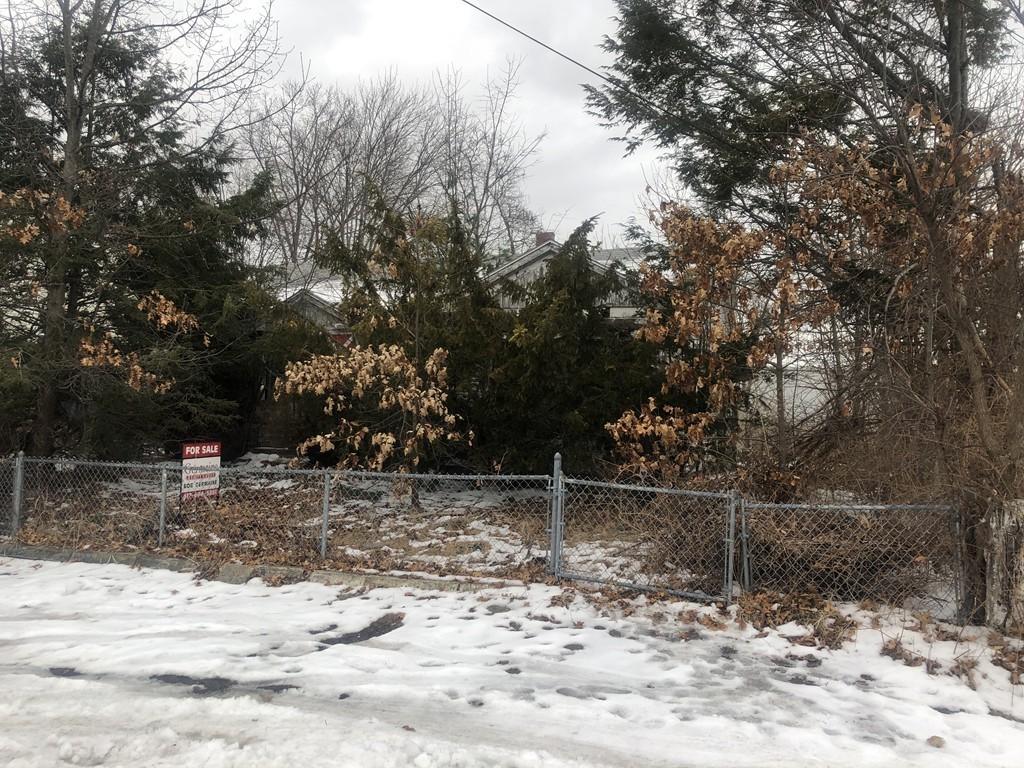 66 Lancaster Rd, Dedham, Massachusetts