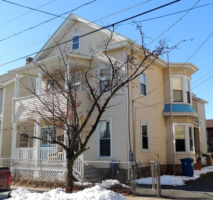 34 Sprague St, West Springfield, Massachusetts