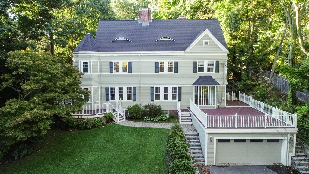 213 Gardner Rd, Brookline, Massachusetts