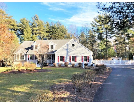 Photo: 16 Commons Dr., Carver, MA