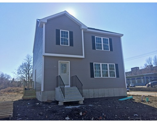 Sprague St, Fall River, MA 02724