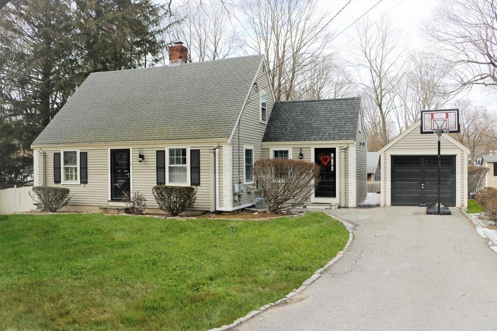 8 Merrymount Rd, Hingham, Massachusetts