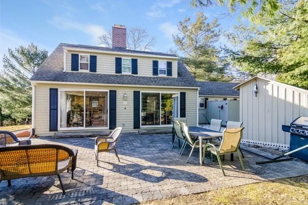 40 Halyard Ln, Mashpee, Massachusetts