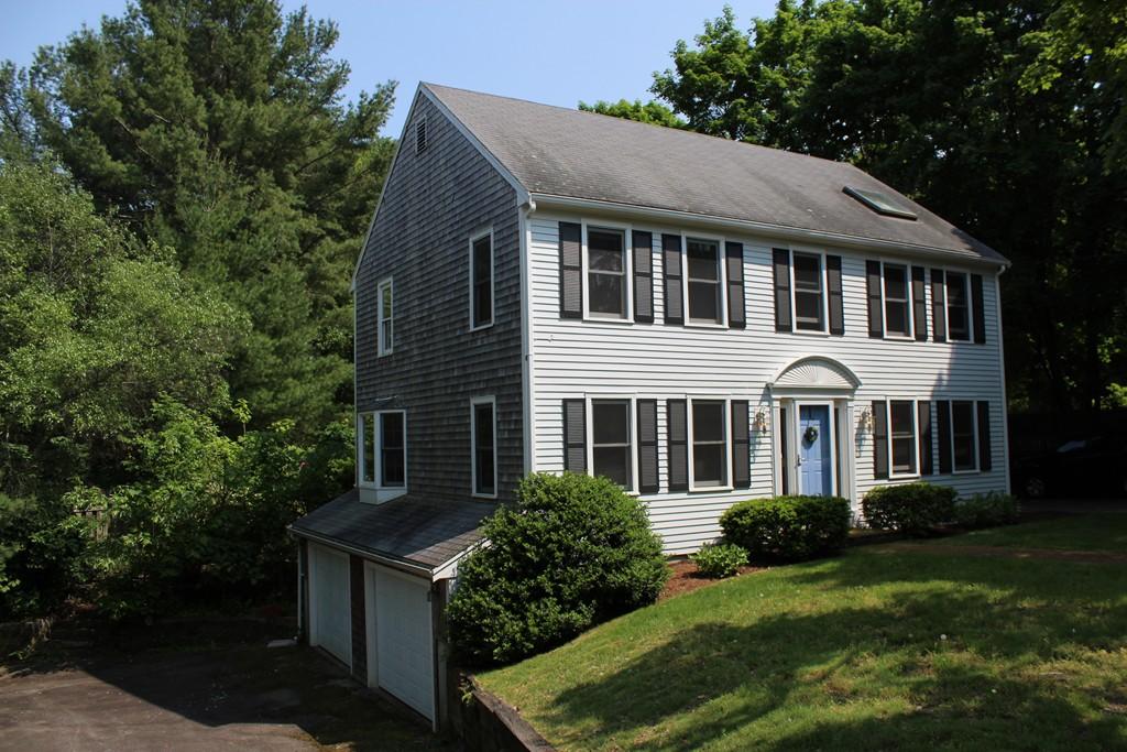 50 Hobart Street, Hingham, Massachusetts