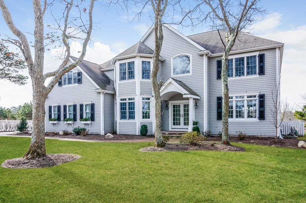 215 Cairn Ridge Rd, Falmouth, Massachusetts