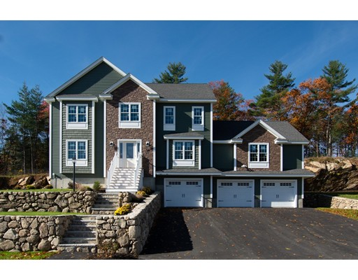 Photo: 10 Fieldstone Lane, Billerica, MA