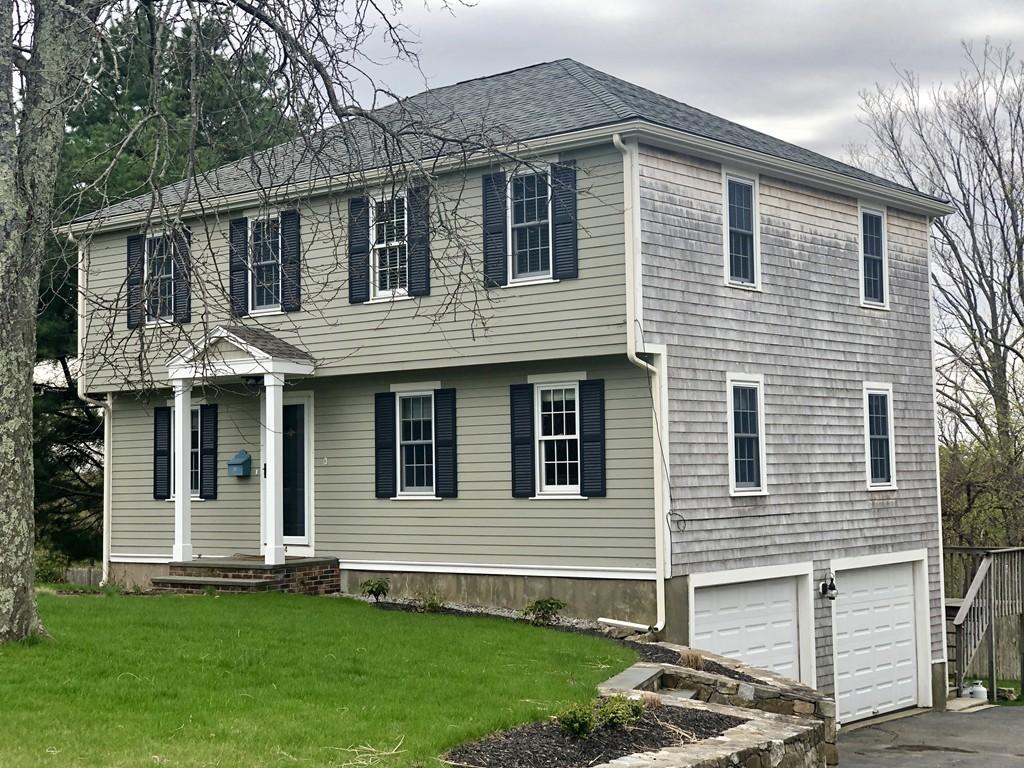 54 Park View Dr, Hingham, Massachusetts