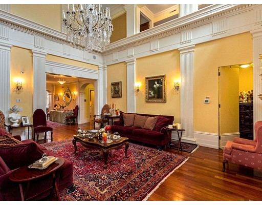 Click for 350 Beacon St #PH slideshow