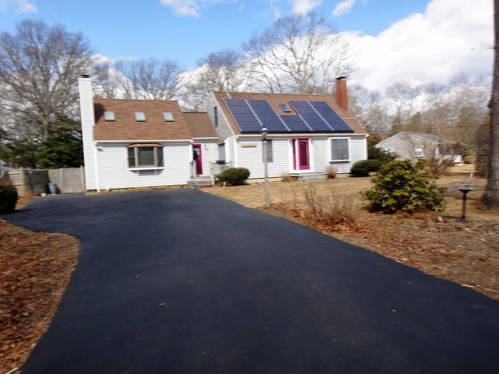 40 Regis Rd, Falmouth, Massachusetts