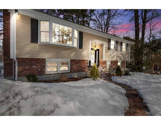 Picture 6 of 1 King Street Ext  Wilmington Ma 3 Bedroom Single Family