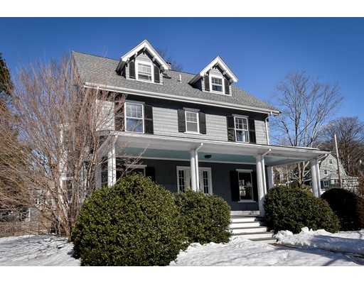 Picture 2 of 11 Woodlawn  Wellesley Ma 5 Bedroom Single Family