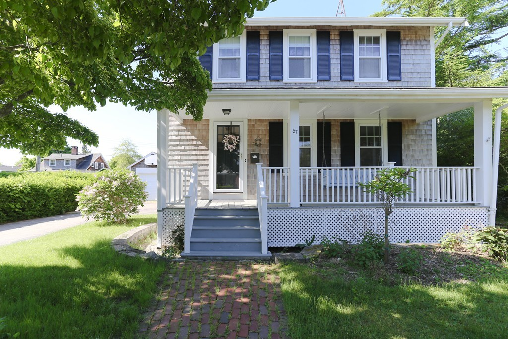 27 Fairview Ave, Falmouth, Massachusetts