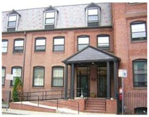 10 Weston Ave, 105 - Quincy, MA