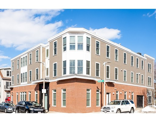 Picture 3 of 12 Mohawk St Unit 6 Boston Ma 2 Bedroom Condo