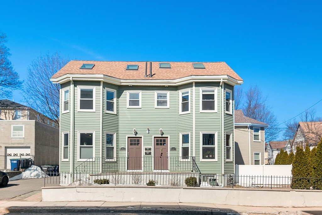 129 Cross Street Unit 129, Somerville, Massachusetts