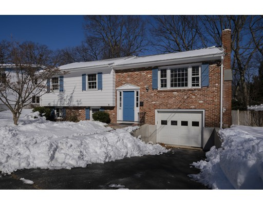 Picture 4 of 103 College Ave  Arlington Ma 5 Bedroom Single Family