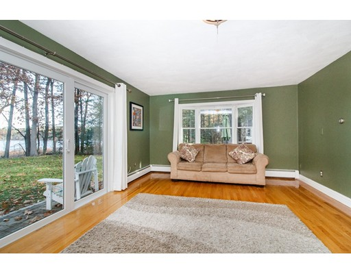 Picture 10 of 6 Louis Ave  Sudbury Ma 3 Bedroom Single Family