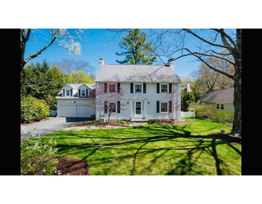 Picture 2 of 816 Dedham St  Newton Ma 4 Bedroom Single Family