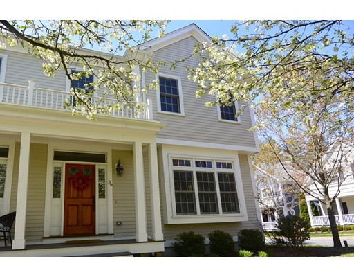 39 Maple Ln, Medfield, MA 02052