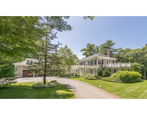 1 Colburn Road - Manchester, MA