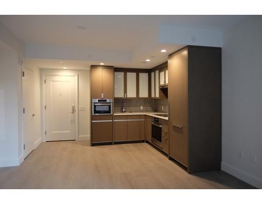 100 Loveyjoy Place, Boston, MA 02114