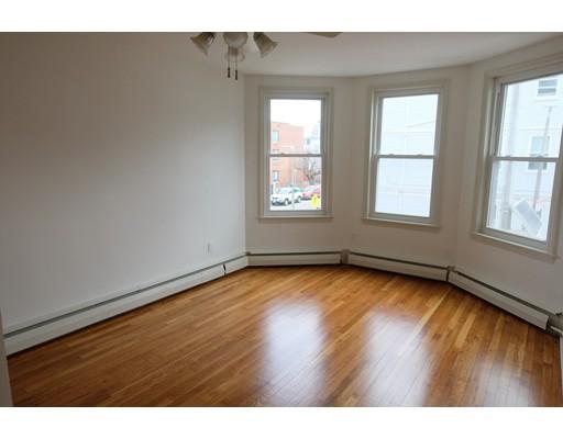 143 L Street, Boston, MA 02127