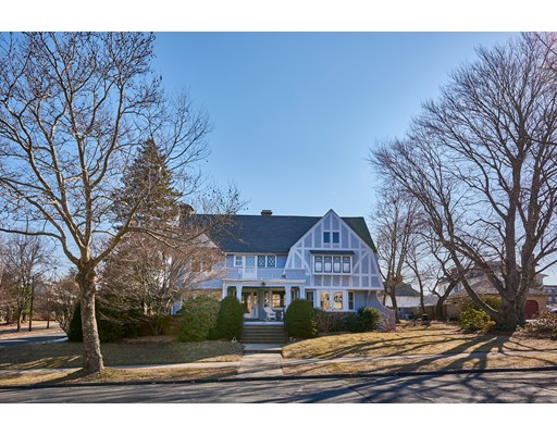Photo: 257 Fort Pleasant Ave, Springfield, MA